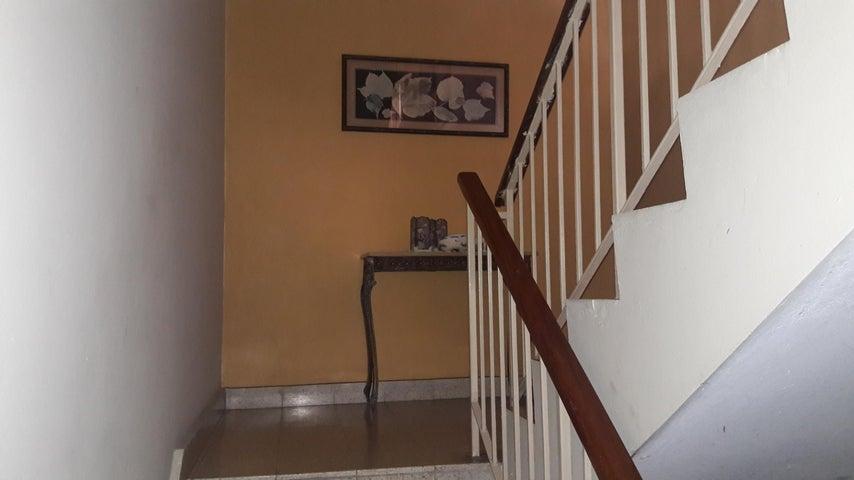 PANAMA VIP10, S.A. Casa en Venta en Betania en Panama Código: 17-4622 No.9