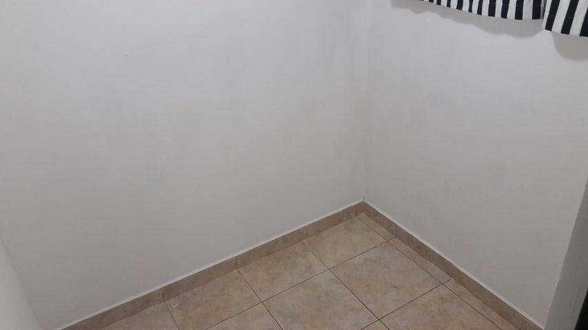 PANAMA VIP10, S.A. Apartamento en Venta en Bellavista en Panama Código: 17-4641 No.6