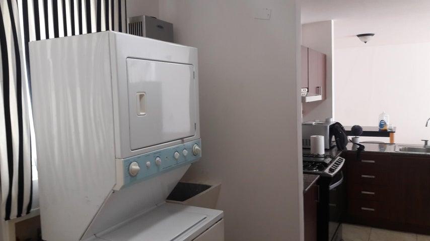 PANAMA VIP10, S.A. Apartamento en Venta en Bellavista en Panama Código: 17-4641 No.7