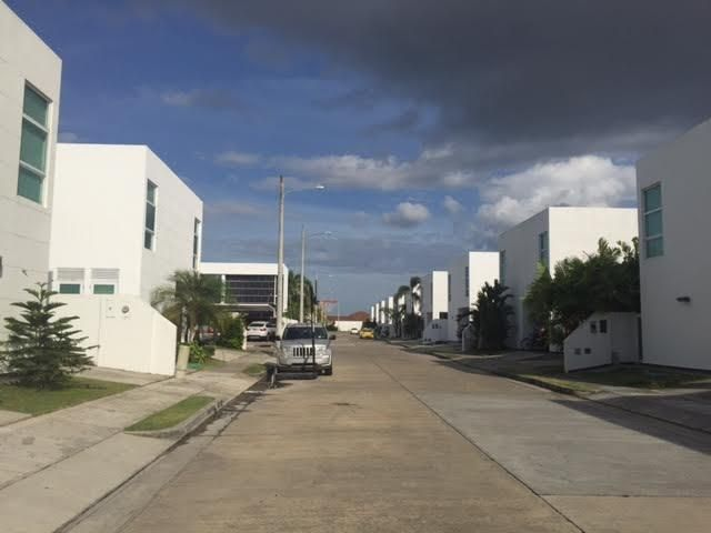 PANAMA VIP10, S.A. Casa en Alquiler en Costa Sur en Panama Código: 17-4652 No.1