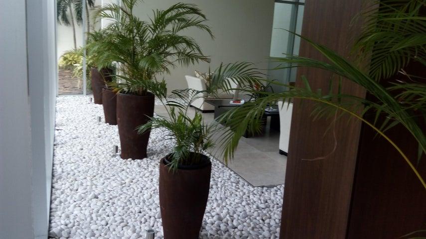 PANAMA VIP10, S.A. Apartamento en Alquiler en Costa del Este en Panama Código: 17-4694 No.2