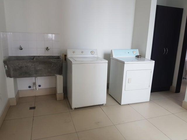 PANAMA VIP10, S.A. Apartamento en Alquiler en Costa del Este en Panama Código: 17-4717 No.9