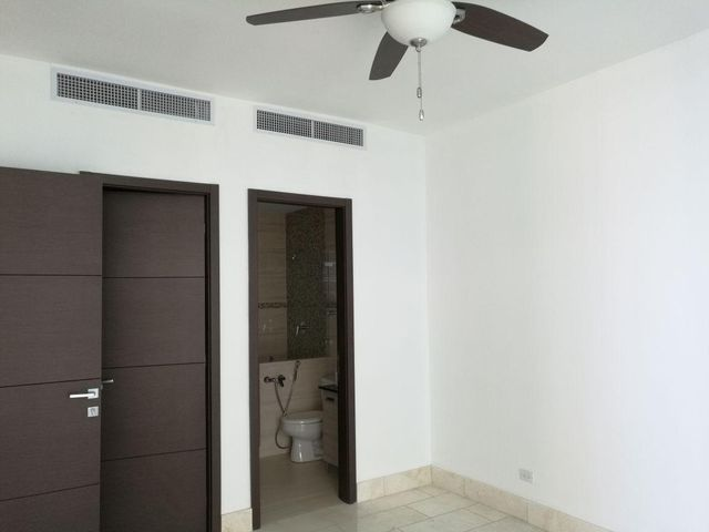 PANAMA VIP10, S.A. Apartamento en Alquiler en Punta Pacifica en Panama Código: 17-4727 No.8