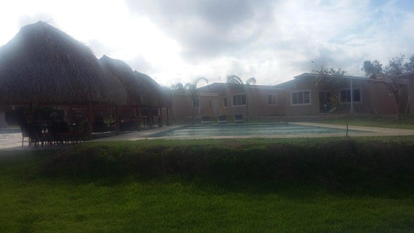 PANAMA VIP10, S.A. Apartamento en Venta en Coronado en Chame Código: 17-4738 No.7