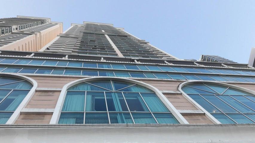Apartamento / Venta / Panama / Avenida Balboa / FLEXMLS-17-4782
