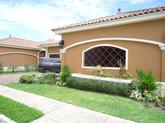 PANAMA VIP10, S.A. Casa en Venta en Costa Sur en Panama Código: 17-4792 No.1