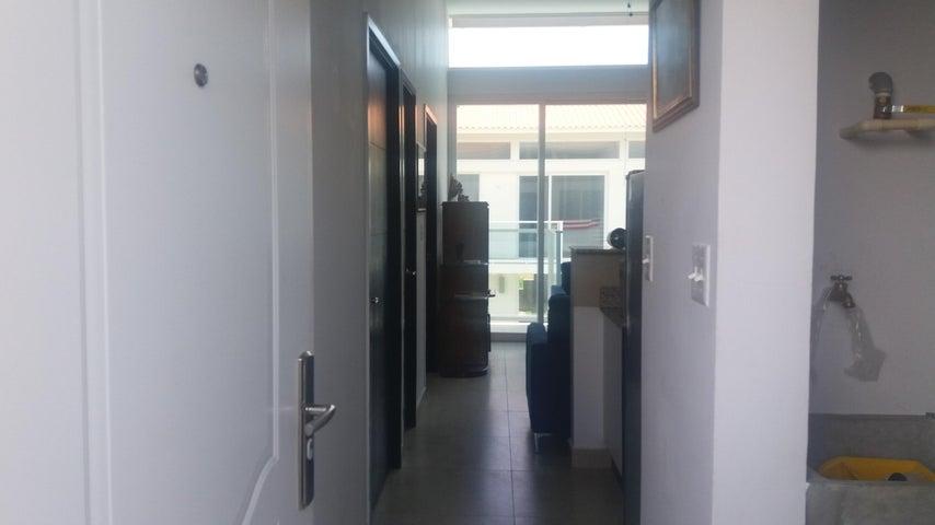 PANAMA VIP10, S.A. Apartamento en Venta en Coronado en Chame Código: 17-4744 No.3