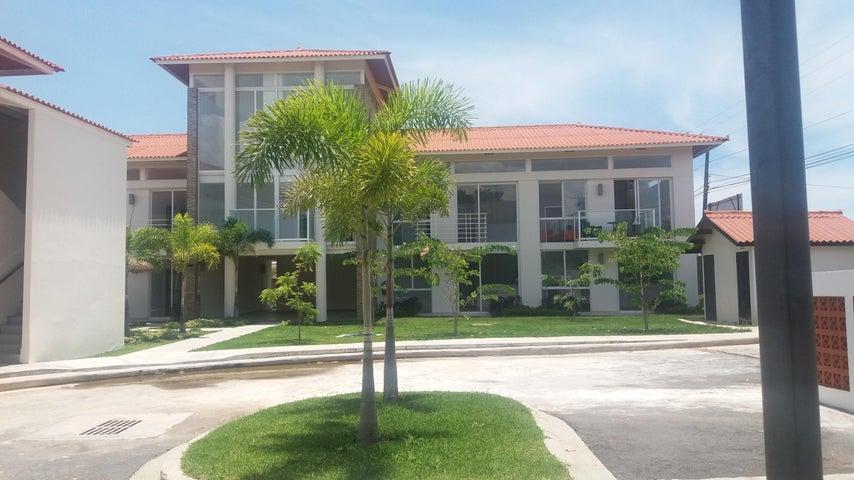 PANAMA VIP10, S.A. Apartamento en Venta en Coronado en Chame Código: 17-4744 No.1