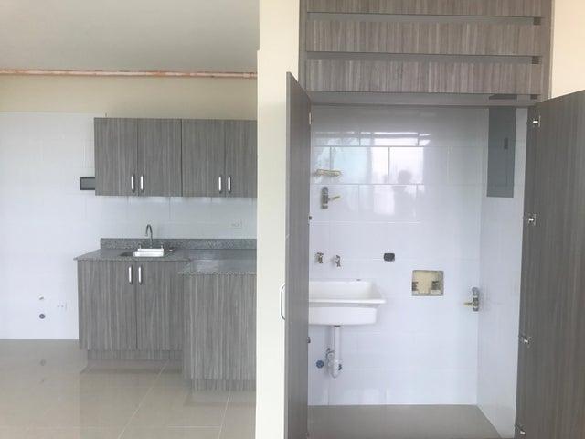 PANAMA VIP10, S.A. Apartamento en Venta en San Francisco en Panama Código: 17-4826 No.9