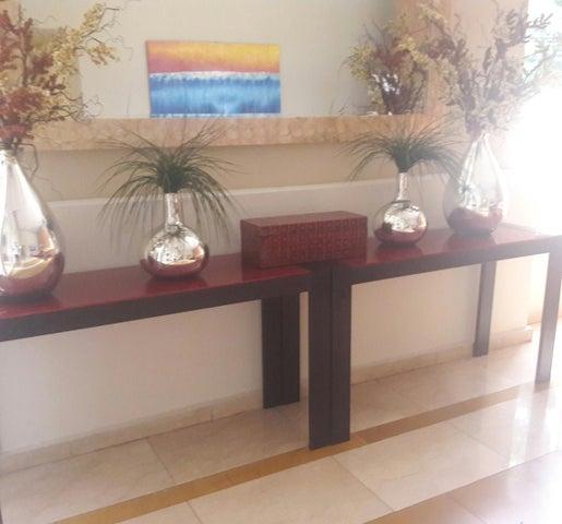 PANAMA VIP10, S.A. Apartamento en Alquiler en El Cangrejo en Panama Código: 17-4852 No.2