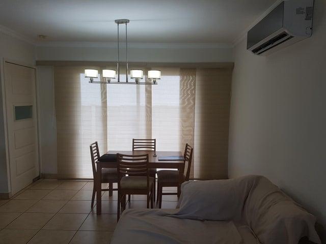 PANAMA VIP10, S.A. Casa en Alquiler en Brisas Del Golf en Panama Código: 17-4861 No.1