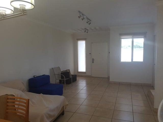 PANAMA VIP10, S.A. Casa en Alquiler en Brisas Del Golf en Panama Código: 17-4861 No.2