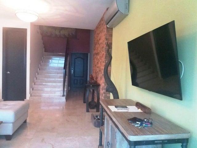 PANAMA VIP10, S.A. Apartamento en Venta en Punta Pacifica en Panama Código: 17-4880 No.6