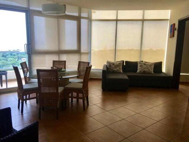 PANAMA VIP10, S.A. Apartamento en Venta en Coronado en Chame Código: 17-4882 No.3