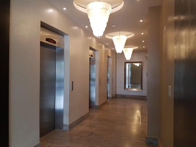PANAMA VIP10, S.A. Apartamento en Venta en Coco del Mar en Panama Código: 17-4889 No.3