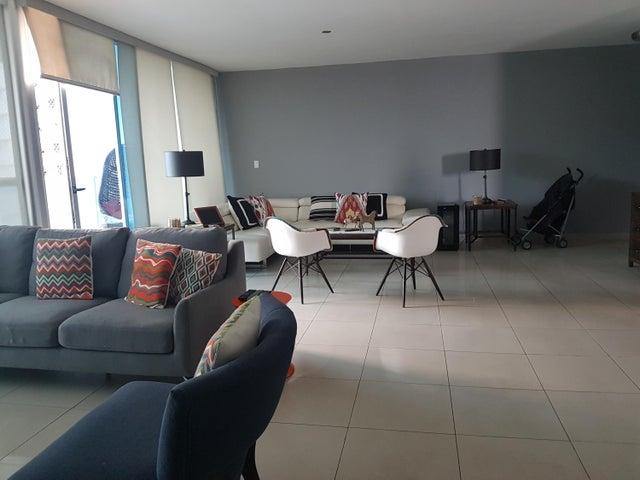 PANAMA VIP10, S.A. Apartamento en Venta en Coco del Mar en Panama Código: 17-4889 No.7