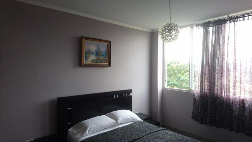 PANAMA VIP10, S.A. Casa en Venta en Brisas Del Golf en Panama Código: 17-4893 No.9