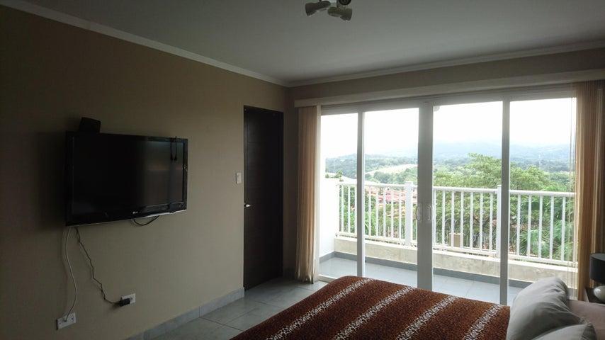 PANAMA VIP10, S.A. Casa en Venta en Brisas Del Golf en Panama Código: 17-4893 No.8