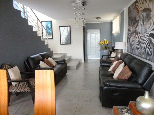 PANAMA VIP10, S.A. Casa en Venta en Brisas Del Golf en Panama Código: 17-4893 No.1