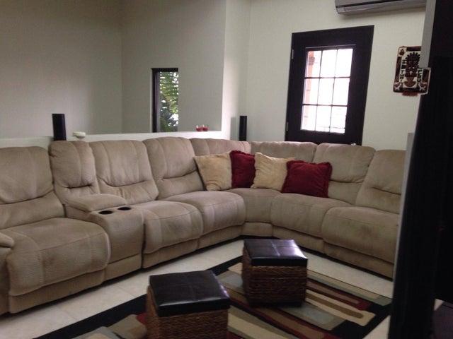PANAMA VIP10, S.A. Casa en Alquiler en Versalles en Panama Código: 17-4895 No.7