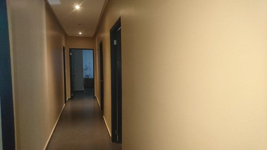 PANAMA VIP10, S.A. Apartamento en Venta en San Francisco en Panama Código: 17-4897 No.5