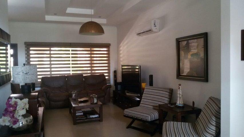 PANAMA VIP10, S.A. Casa en Alquiler en Costa Sur en Panama Código: 17-4906 No.1