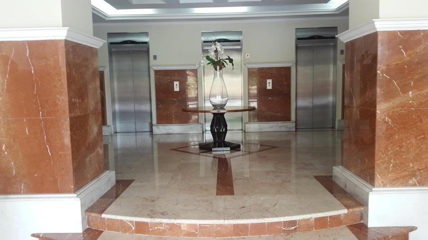 PANAMA VIP10, S.A. Apartamento en Venta en Punta Pacifica en Panama Código: 17-4968 No.1