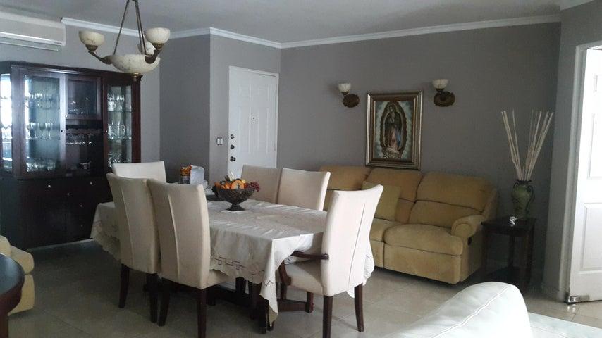PANAMA VIP10, S.A. Apartamento en Venta en Punta Pacifica en Panama Código: 17-4968 No.5