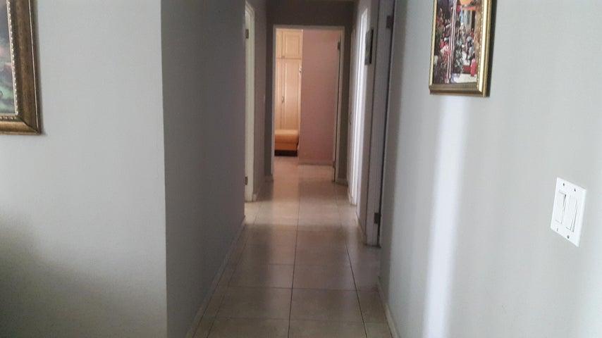 PANAMA VIP10, S.A. Apartamento en Venta en Punta Pacifica en Panama Código: 17-4968 No.9