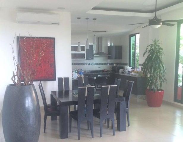 PANAMA VIP10, S.A. Casa en Venta en Coronado en Chame Código: 17-4972 No.4
