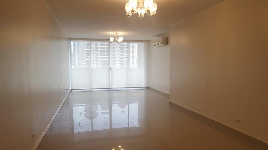 PANAMA VIP10, S.A. Apartamento en Alquiler en Obarrio en Panama Código: 17-4316 No.4
