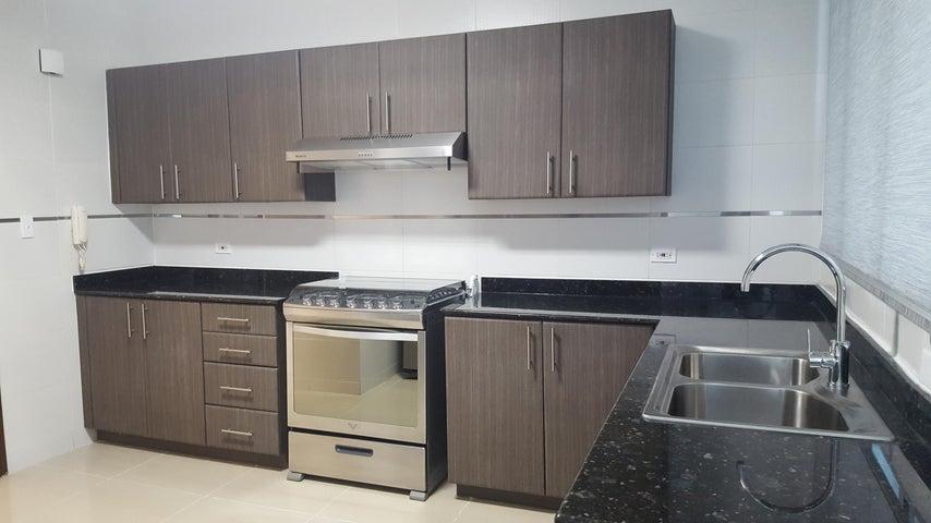 PANAMA VIP10, S.A. Apartamento en Alquiler en Obarrio en Panama Código: 17-4316 No.9