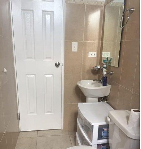 PANAMA VIP10, S.A. Apartamento en Alquiler en Rio Abajo en Panama Código: 17-4896 No.6