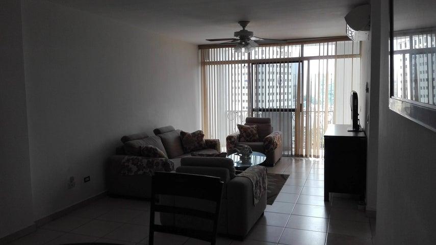 PANAMA VIP10, S.A. Apartamento en Alquiler en El Cangrejo en Panama Código: 17-5022 No.3
