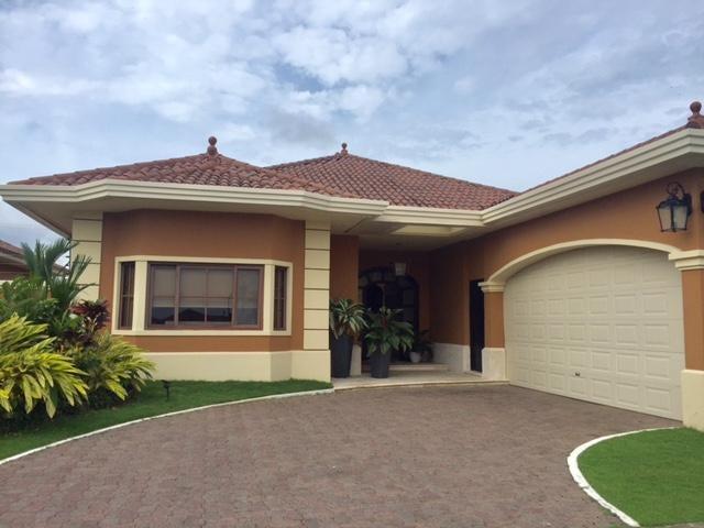 PANAMA VIP10, S.A. Casa en Alquiler en Costa Sur en Panama Código: 17-5037 No.1