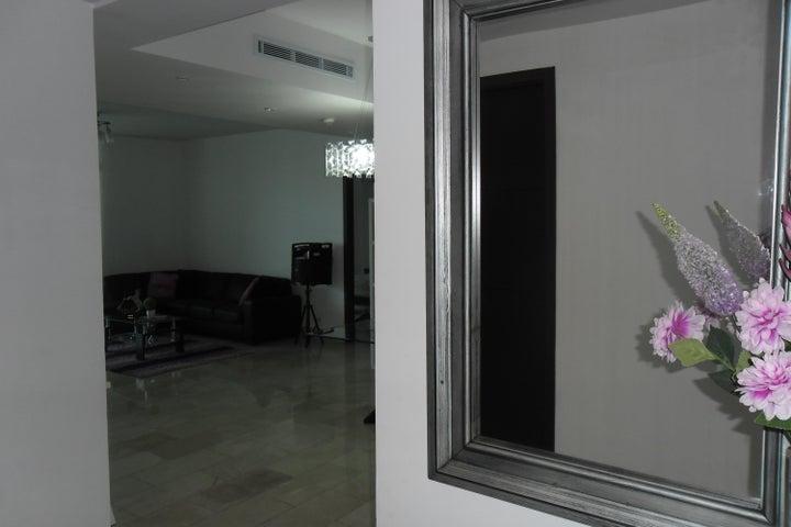PANAMA VIP10, S.A. Apartamento en Alquiler en Punta Pacifica en Panama Código: 17-5048 No.1