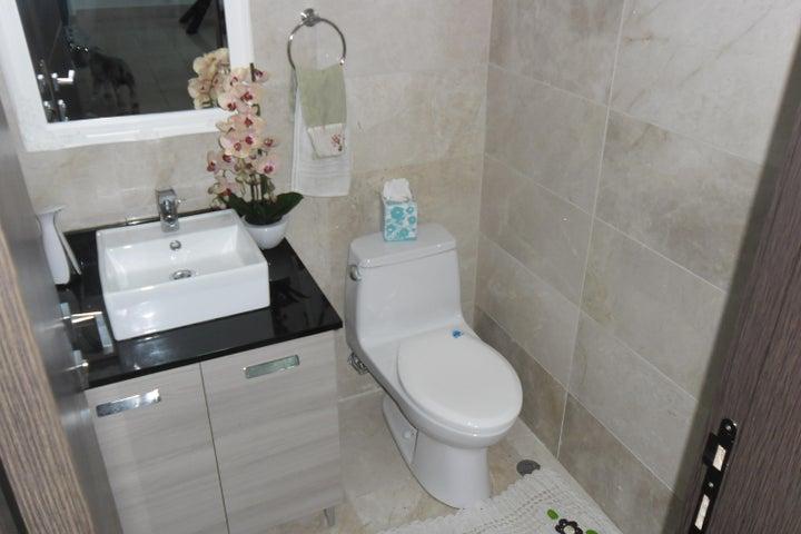 PANAMA VIP10, S.A. Apartamento en Alquiler en Punta Pacifica en Panama Código: 17-5048 No.3
