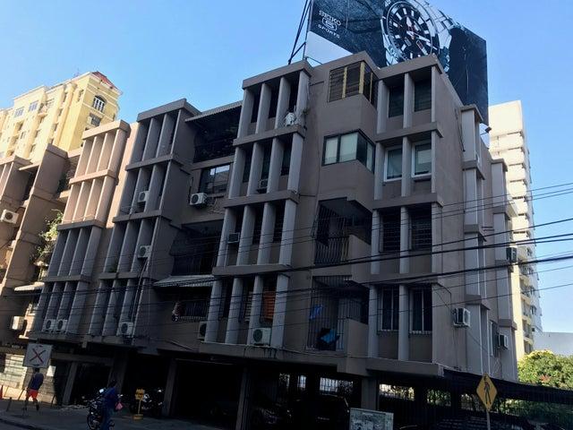 Apartamento / Venta / Panama / El Carmen / FLEXMLS-17-5053