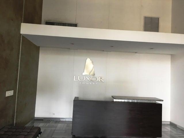 PANAMA VIP10, S.A. Apartamento en Alquiler en El Cangrejo en Panama Código: 17-5151 No.2