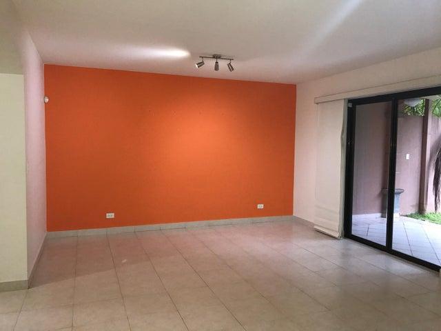 PANAMA VIP10, S.A. Casa en Alquiler en Versalles en Panama Código: 17-5176 No.4