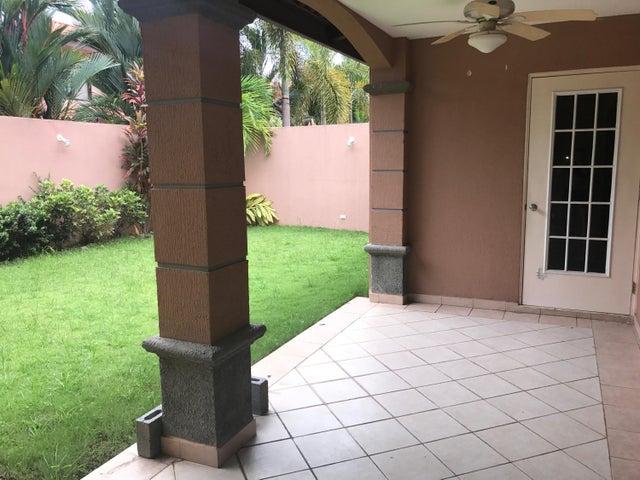 PANAMA VIP10, S.A. Casa en Alquiler en Versalles en Panama Código: 17-5176 No.9