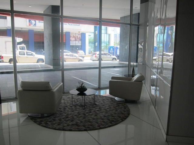 PANAMA VIP10, S.A. Apartamento en Alquiler en Avenida Balboa en Panama Código: 17-5180 No.2
