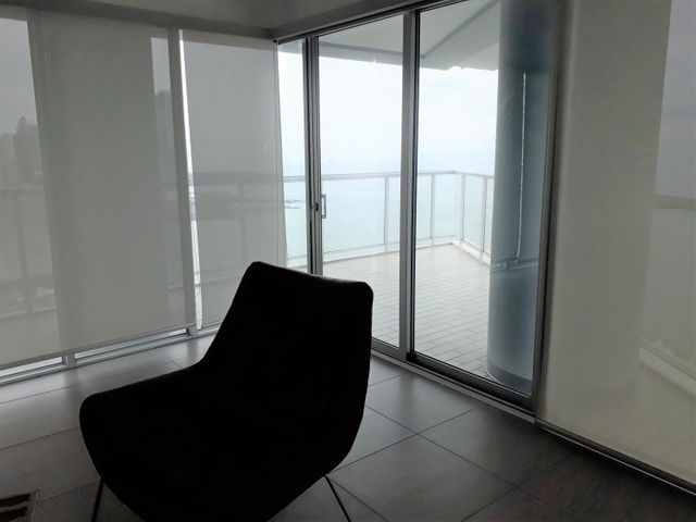 PANAMA VIP10, S.A. Apartamento en Alquiler en Avenida Balboa en Panama Código: 17-5180 No.9