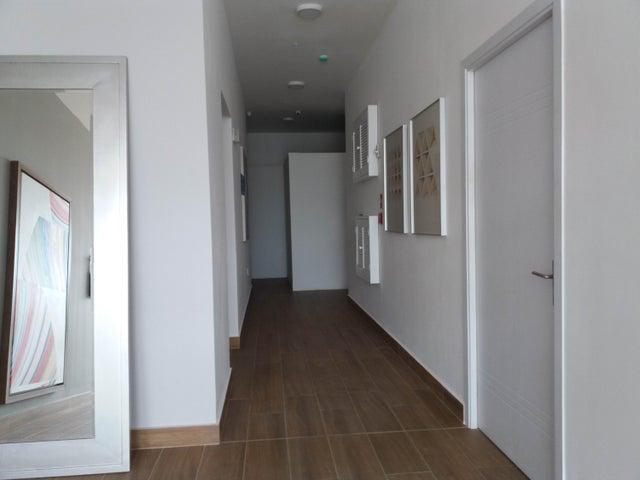 PANAMA VIP10, S.A. Apartamento en Alquiler en Parque Lefevre en Panama Código: 17-5205 No.2