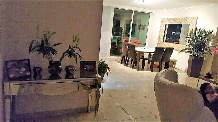 PANAMA VIP10, S.A. Apartamento en Alquiler en Punta Pacifica en Panama Código: 17-5208 No.1