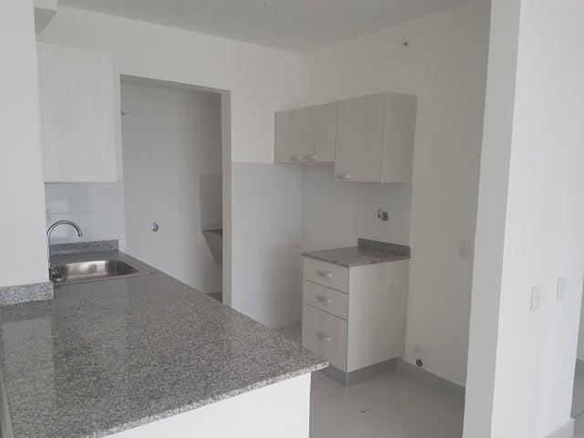 PANAMA VIP10, S.A. Apartamento en Alquiler en Parque Lefevre en Panama Código: 17-5215 No.5