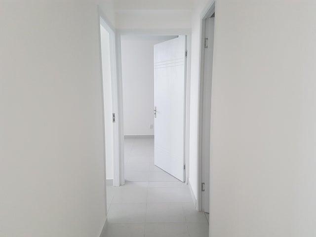 PANAMA VIP10, S.A. Apartamento en Alquiler en Parque Lefevre en Panama Código: 17-5225 No.7