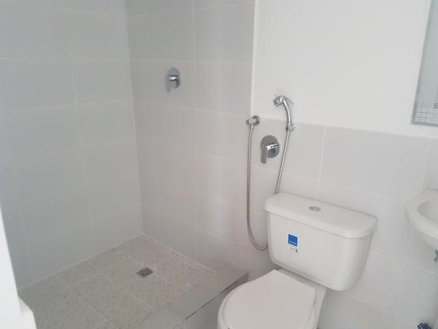 PANAMA VIP10, S.A. Apartamento en Alquiler en Parque Lefevre en Panama Código: 17-5237 No.9