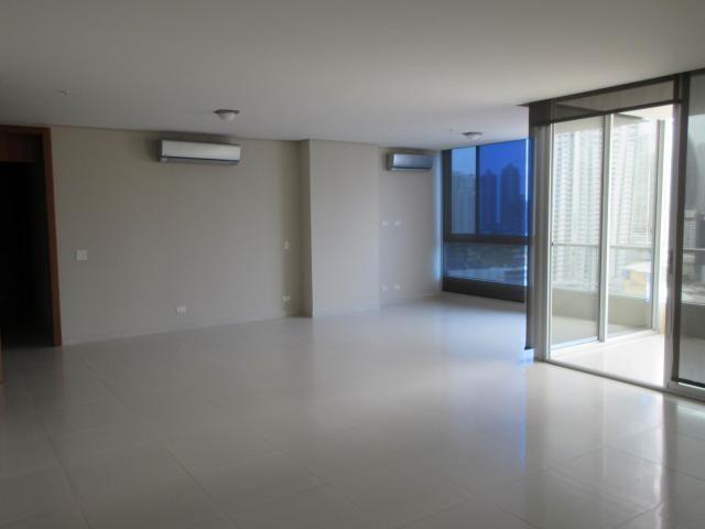 PANAMA VIP10, S.A. Apartamento en Venta en Marbella en Panama Código: 17-5245 No.4