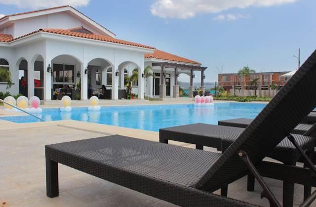 PANAMA VIP10, S.A. Casa en Venta en Versalles en Panama Código: 17-5281 No.4